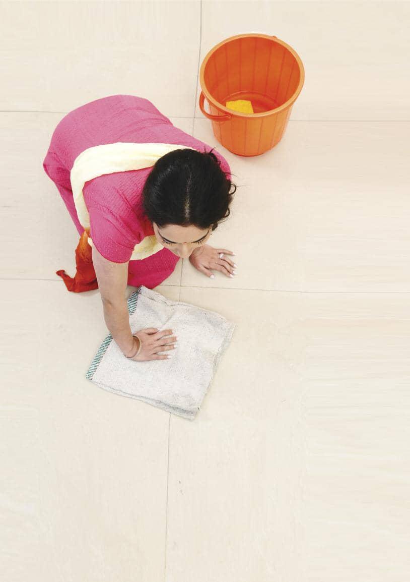 घरेलू कामगारों की जिंदगी मुश्किल में