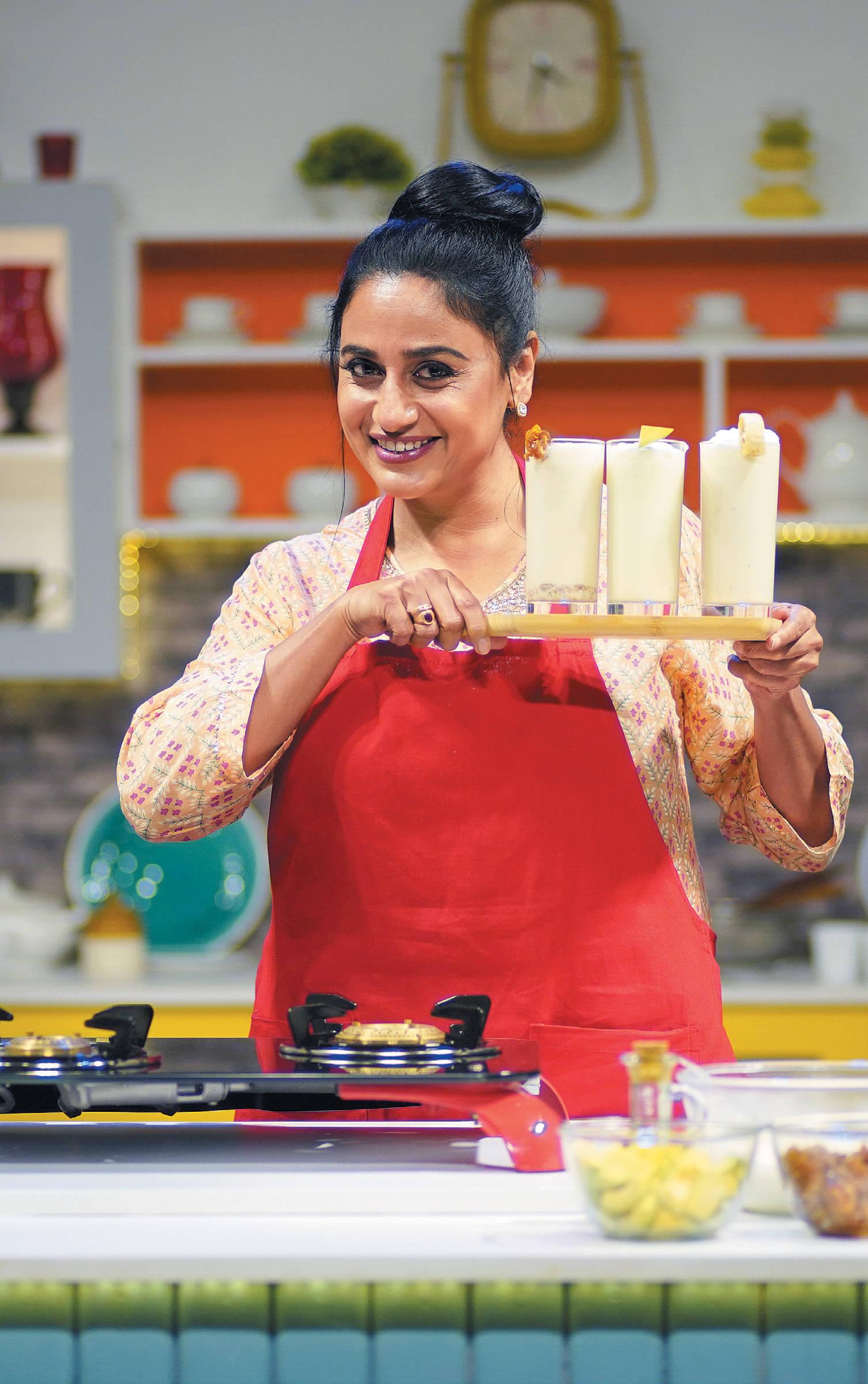 கெட்செட் குக்-நடிகை அனுஹாசன்
