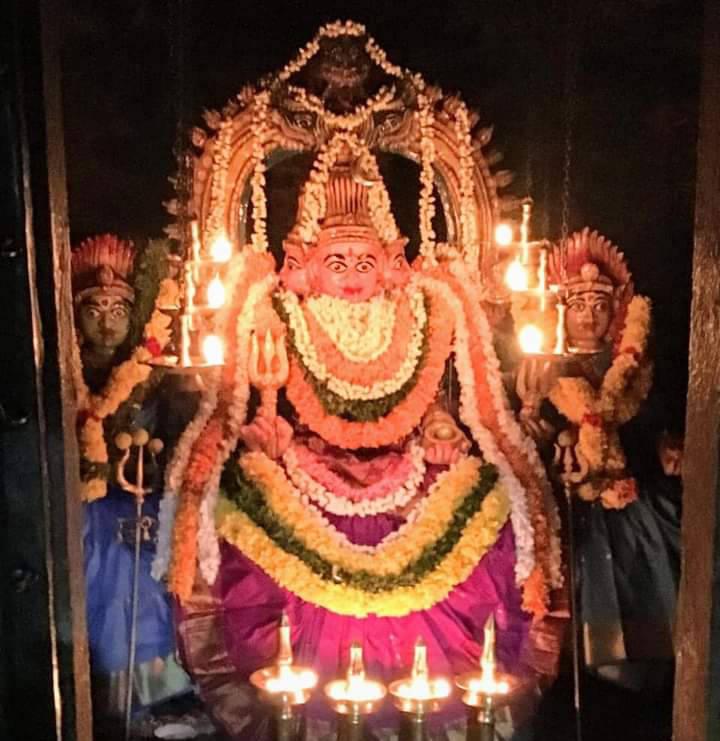 நவராத்திரி நாயகி அகஸ்தீஸ்வரம் முத்தாரம்மன்!