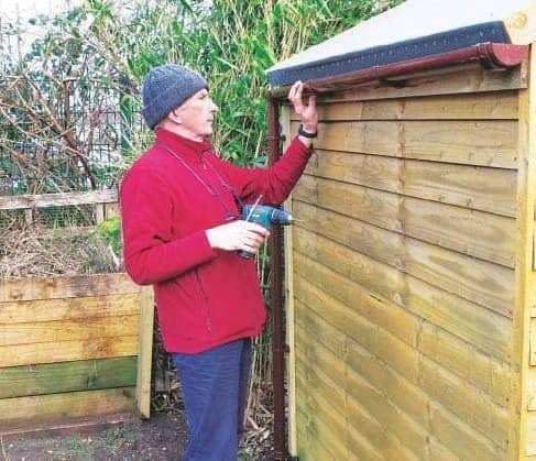 Fitting Guttering To A Shed