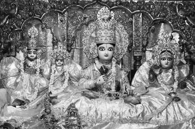 ரெளத்திரம் பழகு
